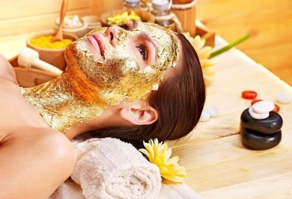 Mặt nạ vàng giúp trẻ hóa da, cân bằng sắc tố da, làm sáng da