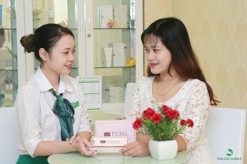 Đến trung tâm thẩm mỹ uy tín như Thu Cúc Clinics để được chuyên gia thăm khám và tư vấn giải pháp phù hợp.