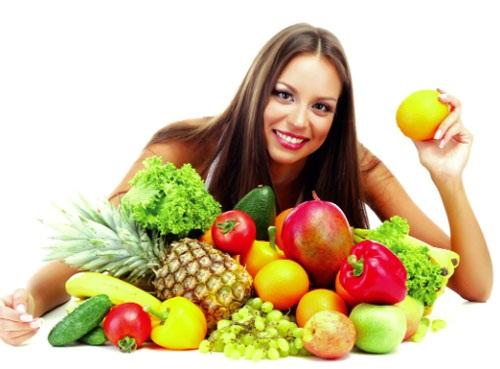 Rau xanh và trái cây giúp cho da đẹp