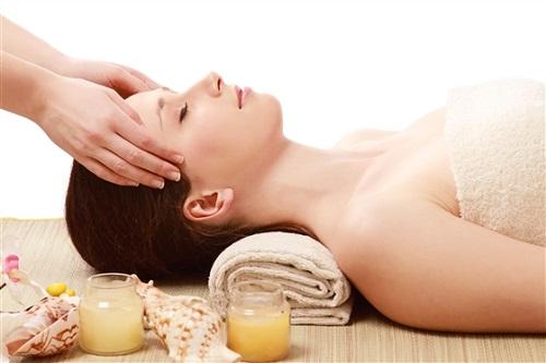 Chăm sóc da mặt cơ bản giúp chị em có làn da khỏe mạnh và tràn đầy sức sống.