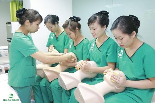 dieu-it-biet-ve-khoa-dao-tao-chuyen-vien-tham-my-thu-cuc-clinics3