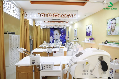 Thu Cúc Clinic Lạng Sơn kế thừa toàn bộ mô hình làm đẹp cao cấp, cùng với hệ thống trang thiết bị hiện đại, máy móc tối tân,  cho khách hàng có cơ hội trải nghiệm dịch vụ thoải mái, cao cấp nhất.