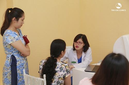 Tại đây, khách hàng sẽ được bác sĩ da liễu của Thu Cúc Clinics tư vấn, thăm khám miễn phí và đưa ra các giải pháp tối ưu nhất đối với việc chăm sóc và bảo vệ da cho mỗi người.