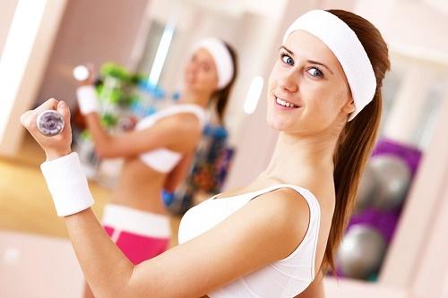 Bên cạnh việc chăm sóc và bảo vệ da, bạn cần duy trì lối sống lành mạnh, tập thể dục thường xuyên để da sáng khỏe từ bên trong.