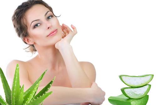 Sử dụng nha đam thường xuyên là biện pháp trị sẹo thâm hiệu quả