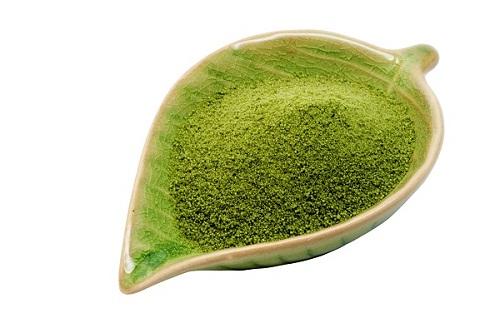 Đắp mặt nạ trà xanh để xóa nế nhăn, duy trì làn da trẻ hóa
