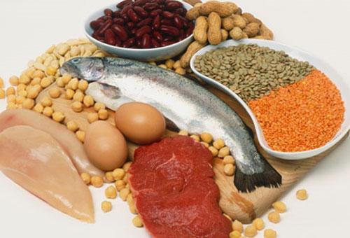 Chế độ ăn uống có tác động rất lớn tới quá trình điều trị sẹo sau khi sinh