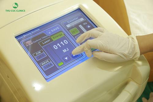 Thiết bị Laser YAG Q-Switched để trị tàn nhang.