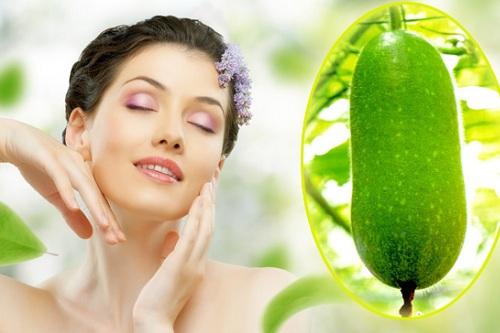 Bí đao chứa nhiều dưỡng chất đem đến khả năng se khít lỗ chân lông hiệu quả