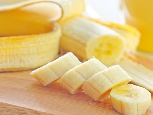 Nguồn dinh dưỡng từ chuối chính là bí kíp xua nám da hiệu quả.