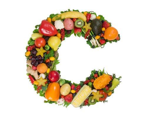 Bổ sung thêm các loại thực phẩm chứa vitamin C sẽ giúp cho làn da sáng khỏe từ bên trong.