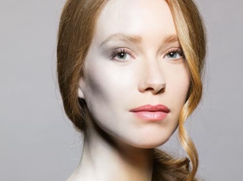 Tác dụng lớn nhất của vitamin C đối với da là làm trắng khỏe toàn diện.
