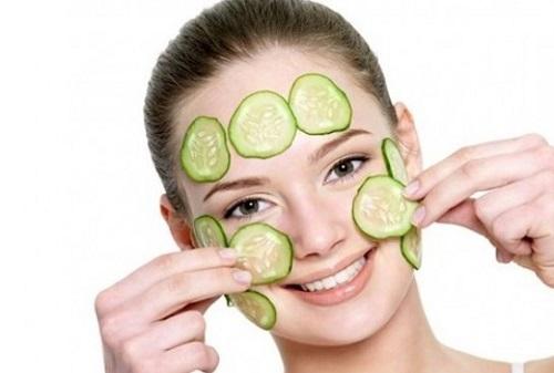 Đắp mặt nạ tự nhiên giúp cung cấp các dưỡng chất cần thiết cho làn da