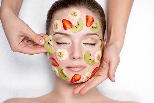 Đắp mặt nạ mỗi ngày giúp làn da được cung cấp đầy đủ dưỡng chất