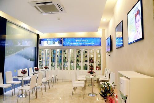 Đáp ứng nhu cầu làm đẹp của đông đảo khách hàng, Thu Cúc Clinics tiếp tục khai trương thêm cơ sở mới tại số: 59, Đường Nguyễn Sĩ Sách, Phường Hà Huy Tập, Tp.Vinh, Nghệ An