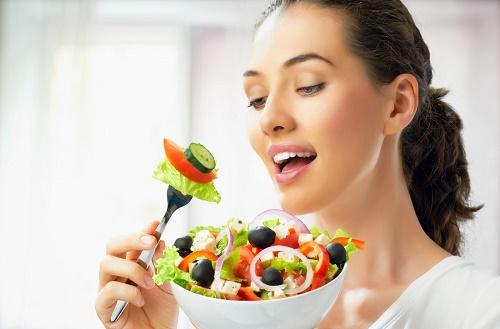 Sức khỏe của làn da phụ thuộc rất nhiều vào chế độ ăn uống.