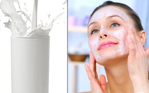 Thường xuyên rửa mặt với sữa tươi, bạn sẽ sớm sở hữu làn da sáng mịn