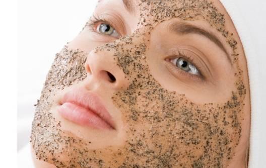 Tẩy da chết mỗi ngày giúp làn da săn chắc tự nhiên