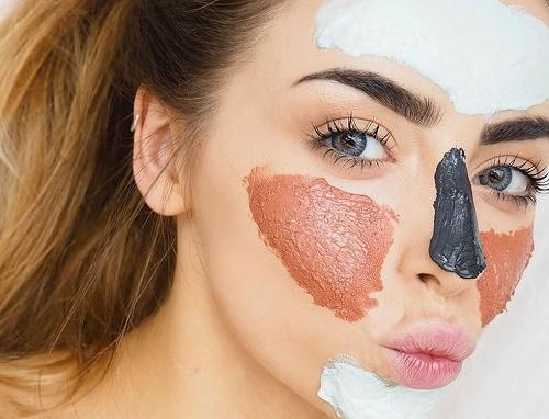 Đối với làn da hỗn hợp, ở mỗi vùng da khác nhau, bạn nên chăm sóc với các sản phẩm khác nhau.