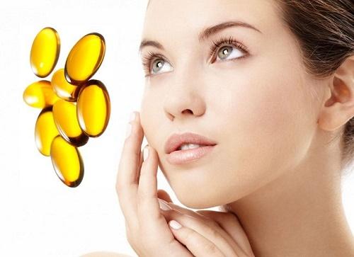 Vitamin E giúp chữa vết thâm sau mụn dễ dàng.
