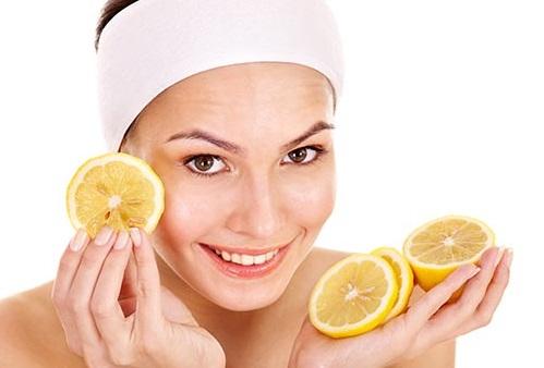 Đắp mặt nạ trái cây mỗi ngày giúp làn da được cung cấp đầy đủ dưỡng chất, tăng sức đề kháng, ngăn chặn mụn phát triển