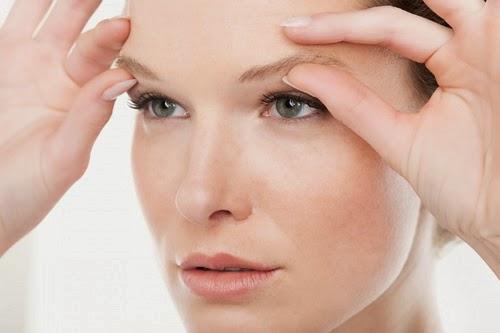 Làn da dần lão hóa khiến gương mặt trở nên kém sức sốc.