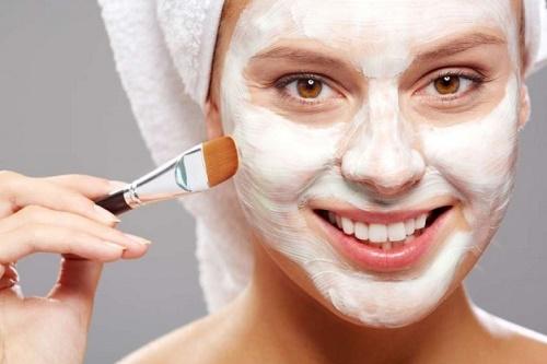 Dành thời gian chăm sóc da để lưu giữ tuổi xuân