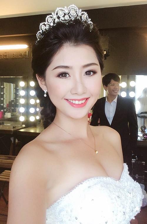 Sau khi tắm trắng phi thuyền, cô bạn Ngọc Linh tự tin tỏa sáng trong các cuộc thi nhan sắc.