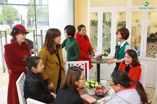 Thu Cúc Clinics là địa chỉ chăm sóc và làm đẹp da uy tín, được hàng triệu khách hàng trên toàn quốc tin chọn.