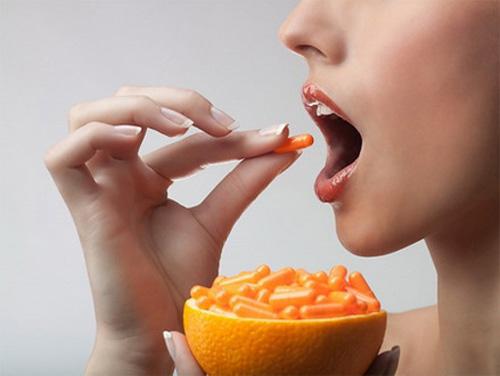 Sử dụng vitamin C quá liều có thể gây nguy hại đến sức khỏe.