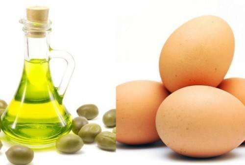 Hỗn hợp trứng gà, dầu oliu chứa nhiều nhóm vitamin A, E đem đến khả năng nuôi dưỡng là da trắng sáng