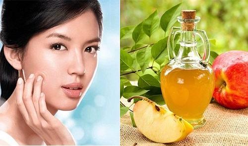 Không chỉ mang đến làn da căng mịn, giấm táo còn có tác dụng hỗ trợ trị nám, tàn nhang và da không đều màu.