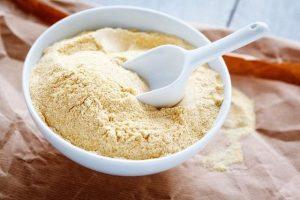 Cam thảo chứa nhiều dưỡng chất đem đến khả năng dưỡng trắng da tại nhà