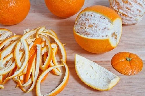 Vỏ cam chứa nhiều dưỡng chất đem đến khả năng dưỡng trắng da tại nhà