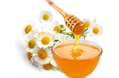 Các dưỡng chất trong mật ong có khả năng trị vết thâm hữu hiệu