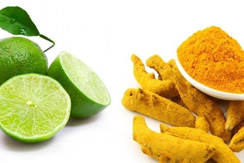 Hỗn hợp bột nghê, chanh chứa nhiều dưỡng chất đem đến khả năng trị mụn hiệu quả