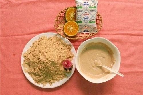 Cám gạo, nước cốt chanh, sữa tươi là hỗn hợp tắm trắng tại nhà hiệu quả