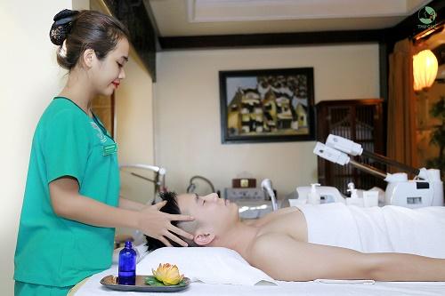 Chăm sóc da và thư giãn cơ thể tại Thu Cúc Clinics.