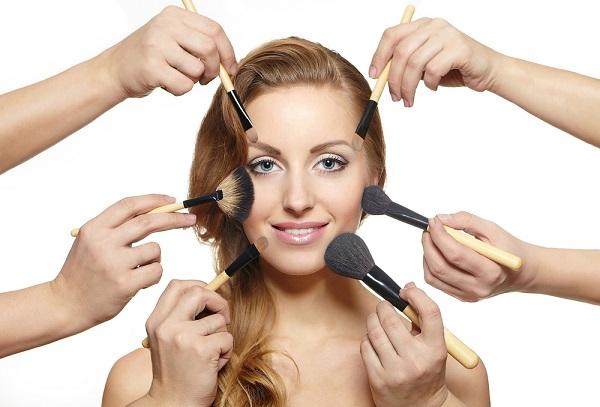 Cần làm sạch da trước khi sử dụng các loại mỹ phẩm làm đẹp