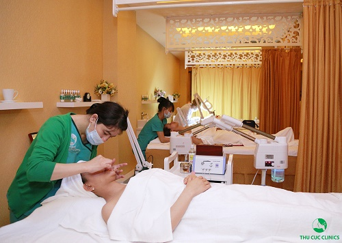 Dành 1-2 tiếng mỗi tuần chăm sóc da chuyên nghiệp tại spa cho hiệu quả làm đẹp tối ưu hơn cả.