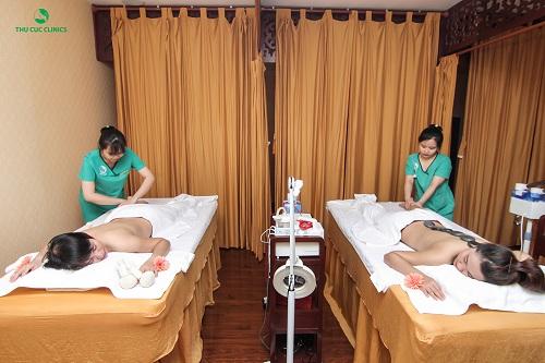 Thư giãn toàn thân tại Thu Cúc Clinics Đà Nẵng.