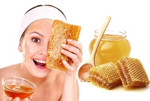 Rửa mặt thường xuyên bằng mật ong là phương pháp làm đẹp đơn giản dễ thực hiện
