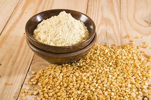 Bột đậu nành chứa nhiều dưỡng chất đem đến tác dụng triệt lông hiệu quả