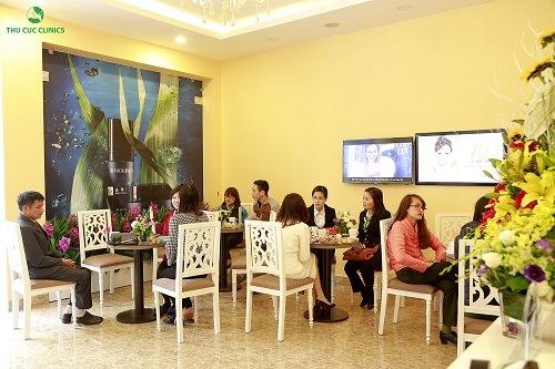 Với chi phí phù hợp, dịch vụ triệt lông tại Thu Cúc Clinics nhận được quan tâm của đông đảo khách hàng