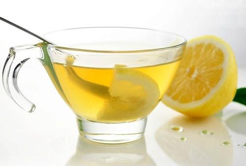 Chanh và mật ong chứa nhiều dưỡng chất có khả năng tẩy lông hiệu quả