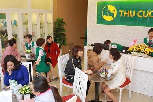 Dịch vụ tắm trắng tại Thu Cúc Clinics nhận được quan tâm đông đảo của khách hàng