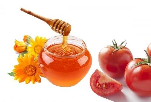 Mật ong cà chua là những nguyên liệu làm đẹp lành tính có khả năng triệt violong an toàn