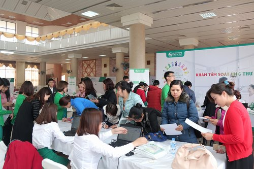 """Điểm dừng đầu tiên của sự kiện """"Không ai phải sợ"""" đã diễn ra tại Tp. Bắc Ninh (ngày 11/03) và nhận được rất nhiều sự quan tâm của người dân nơi đây."""