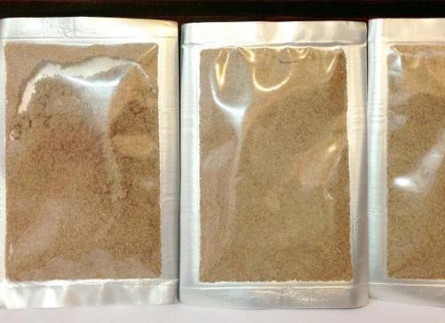 Rất khó để kiểm chứng các thành phần có trong bột tắm trắng không rõ nguồn gốc.
