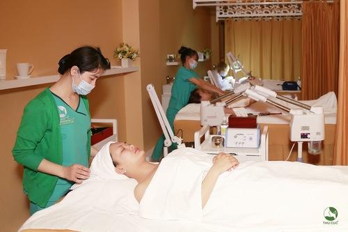Chăm sóc da chuyên nghiệp tại Thu Cúc Clinics.